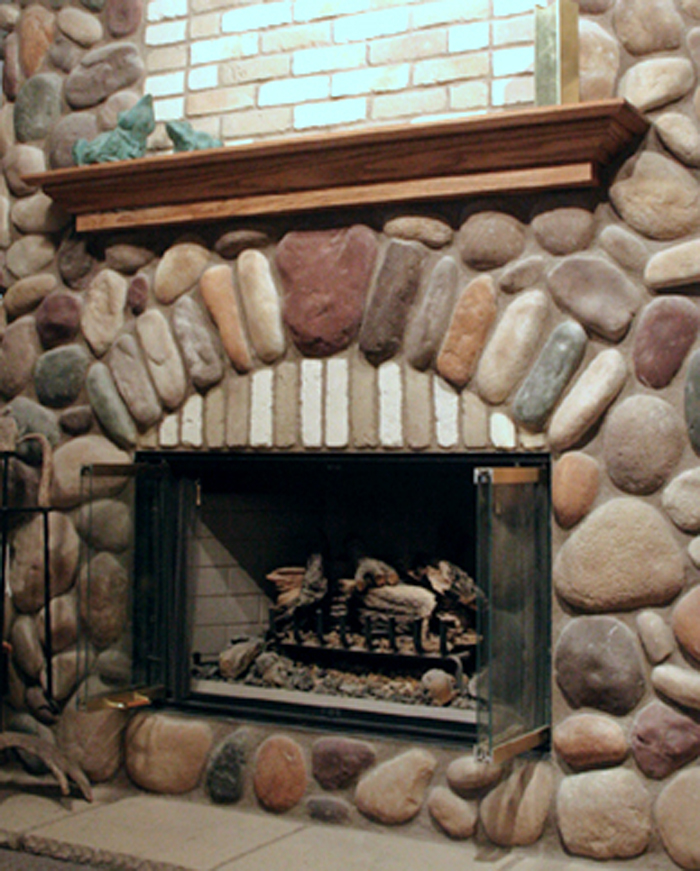 Shoreblend River Rock Stone Veneer is cultured stone for walls and fireplaces by Pro-Line. Give your interior and exterior walls that beautiful stone wall effect without the stone wall price.